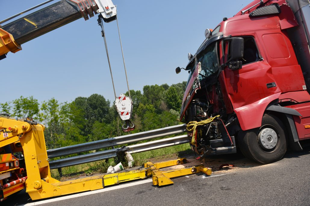 Truck Accident Attorneys - 18 wheeler accident lawyers